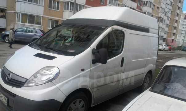 Opel Vivaro, 2009 год, 550 000 руб.