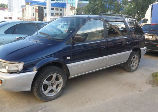 Mitsubishi Space Wagon, 1997 год, 135 000 руб.