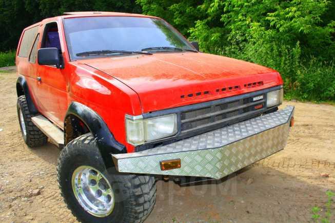 Nissan Terrano, 1988 год, 300 000 руб.