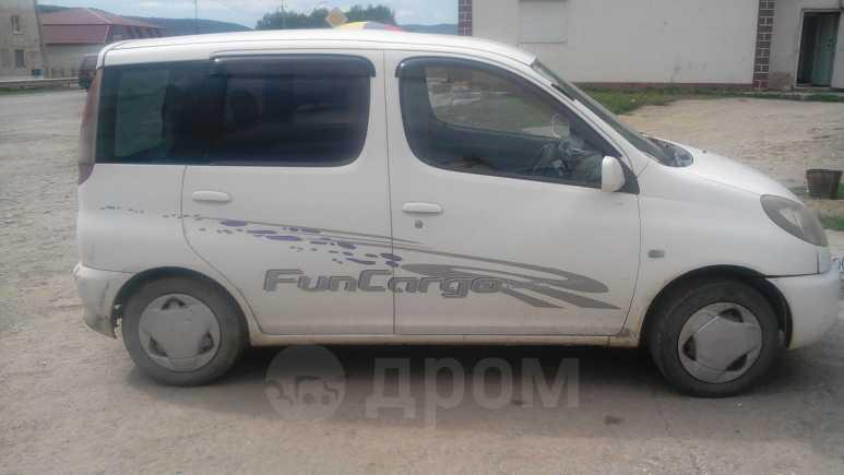 Toyota Funcargo, 2000 год, 190 000 руб.