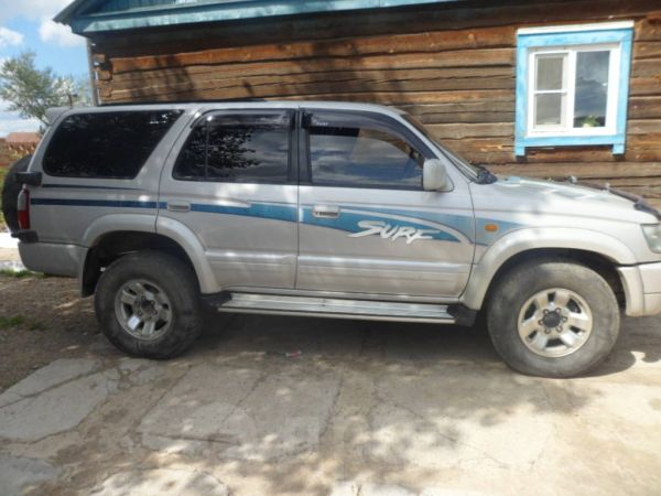 Toyota Hilux Surf, 1999 год, 450 000 руб.
