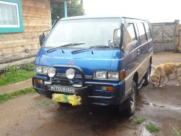 Mitsubishi Delica, 1989 год, 120 000 руб.