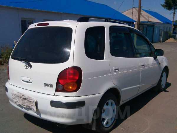 Toyota Corolla Spacio, 1999 год, 225 000 руб.