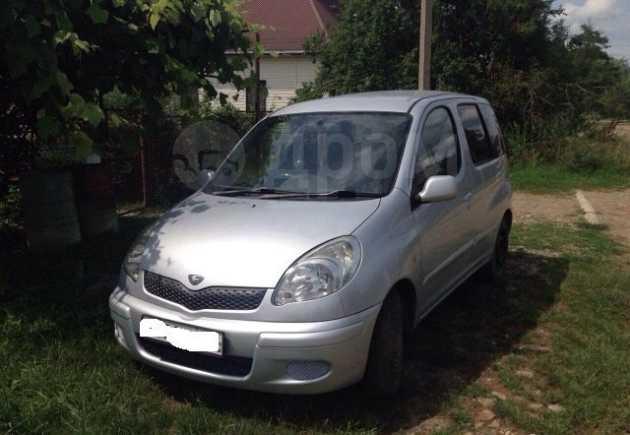 Toyota Funcargo, 2004 год, 230 000 руб.