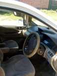 Mitsubishi Chariot Grandis, 2002 год, 280 000 руб.