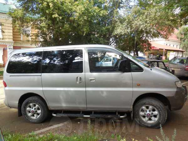 Hyundai H1, 2001 год, 420 000 руб.