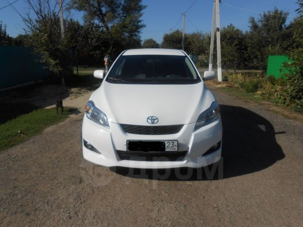 Toyota Matrix, 2010 год, 630 000 руб.