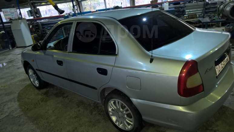 Hyundai Accent, 2003 год, 110 000 руб.