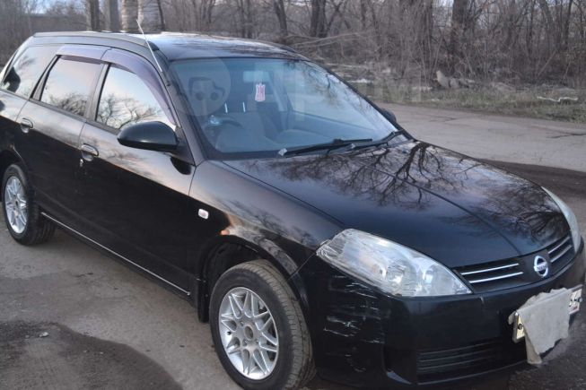 Nissan Wingroad, 2002 год, 200 000 руб.