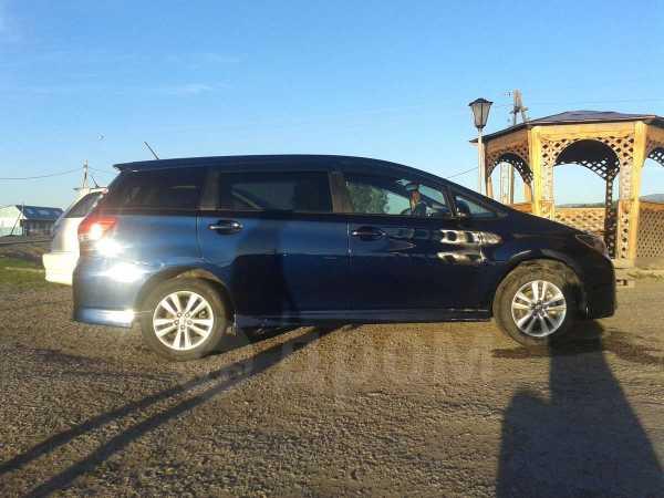 Toyota Wish, 2009 год, 715 000 руб.