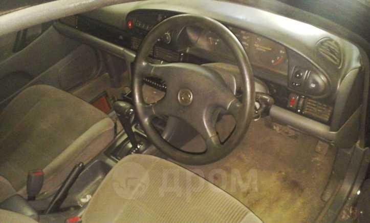 Nissan Bluebird, 1993 год, 65 000 руб.
