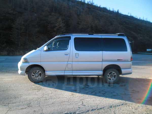 Toyota Hiace Regius, 1999 год, 500 000 руб.