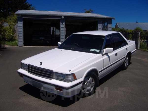 Nissan Laurel, 1988 год, 35 000 руб.