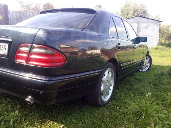 Mercedes-Benz E-Class, 1998 год, 267 000 руб.