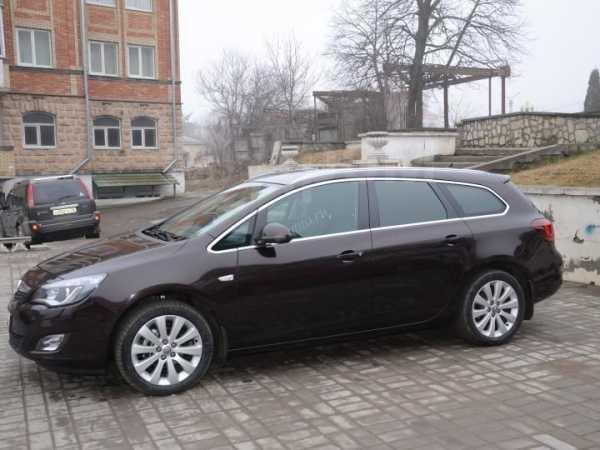 Opel Astra, 2012 год, 629 000 руб.