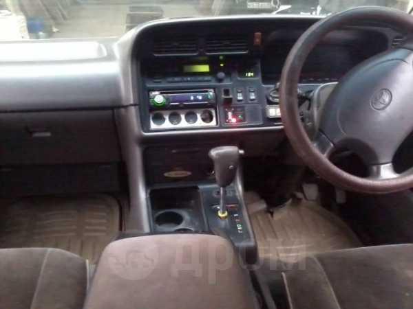 Toyota Hiace, 1996 год, 260 000 руб.