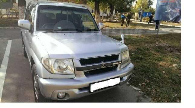 Mitsubishi Pajero iO, 2004 год, 390 000 руб.