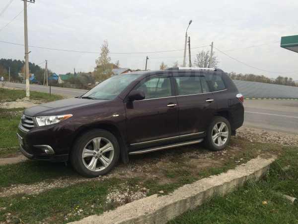 Toyota Highlander, 2011 год, 1 600 000 руб.