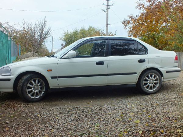 Honda Civic, 1997 год, 140 000 руб.