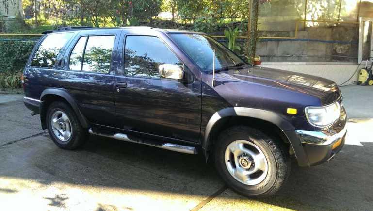 Nissan Pathfinder, 1997 год, 330 000 руб.