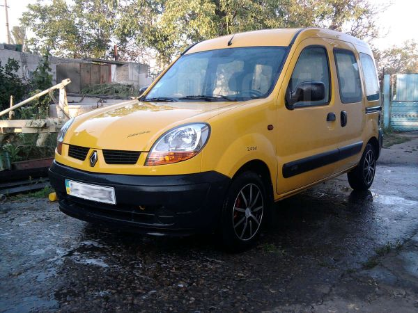 Renault Kangoo, 2003 год, 400 000 руб.