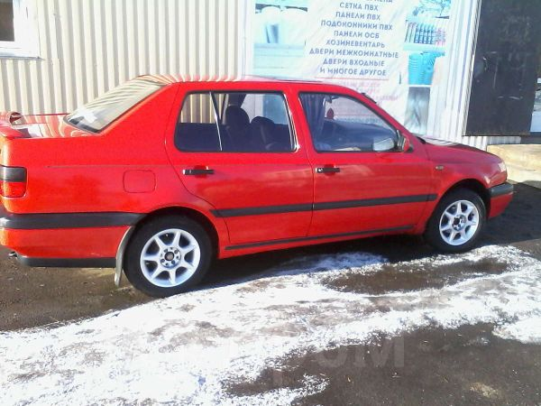 Volkswagen Vento, 1996 год, 140 000 руб.