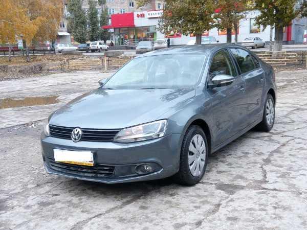 Volkswagen Jetta, 2013 год, 740 000 руб.