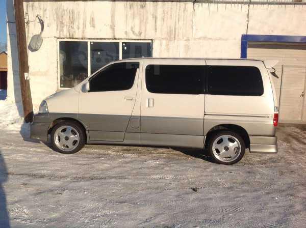Toyota Grand Hiace, 2001 год, 275 000 руб.
