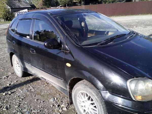 Nissan Tino, 2000 год, 200 000 руб.