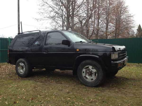 Nissan Terrano, 1990 год, 160 000 руб.