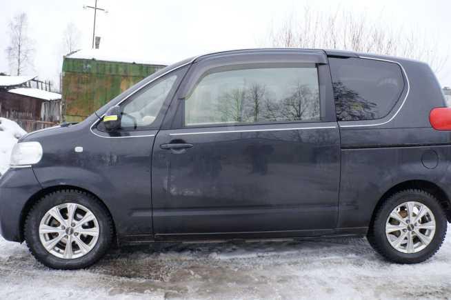 Toyota Porte, 2005 год, 200 000 руб.