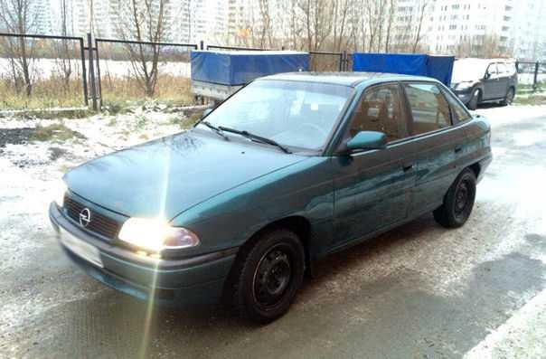 Opel Astra, 1997 год, 110 000 руб.
