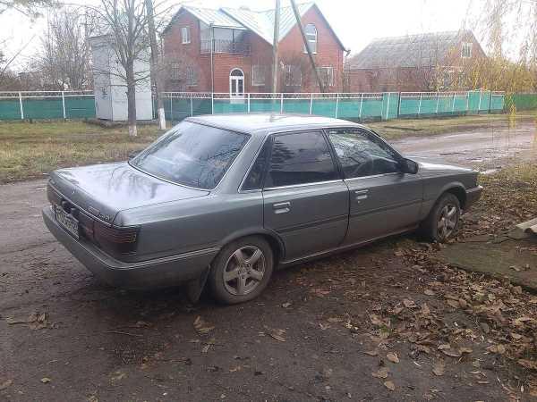 Toyota Camry, 1989 год, 140 000 руб.