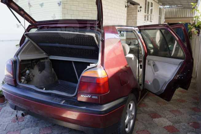 Volkswagen Golf, 1993 год, 160 000 руб.
