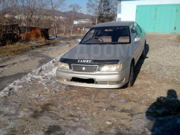 Toyota Camry, 1998 год, 185 000 руб.