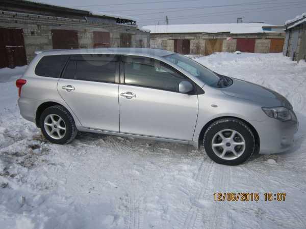 Toyota Corolla Fielder, 2010 год, 545 000 руб.