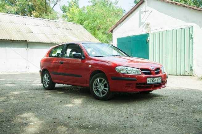 Nissan Almera, 2000 год, 200 000 руб.