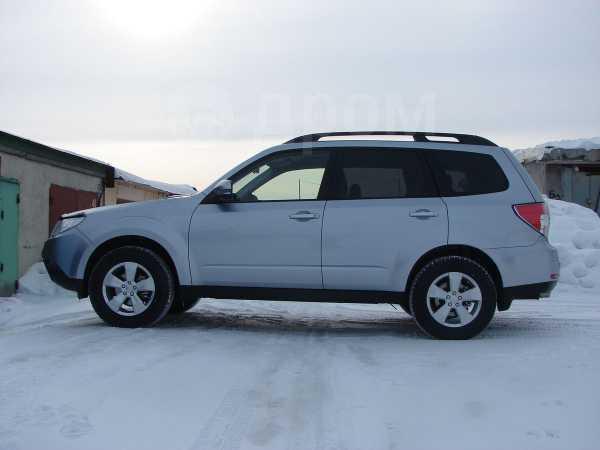 Subaru Forester, 2011 год, 900 000 руб.