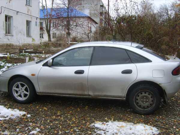Mazda 323, 1998 год, 130 000 руб.