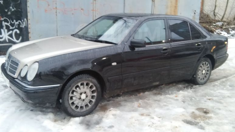 Mercedes-Benz E-Class, 1998 год, 199 000 руб.