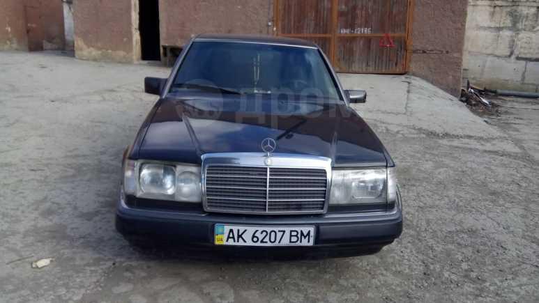 Mercedes-Benz E-Class, 1989 год, 150 000 руб.