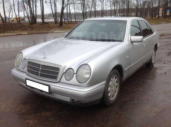 Mercedes-Benz E-Class, 1998 год, 198 000 руб.