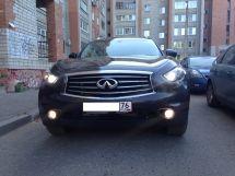 Infiniti FX30d, 2012