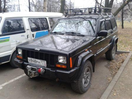 Jeep Cherokee 2000 - отзыв владельца