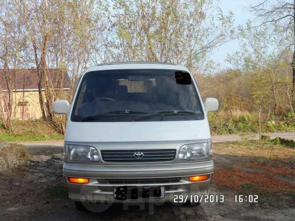 Toyota Hiace, 1996 год, 370 000 руб.