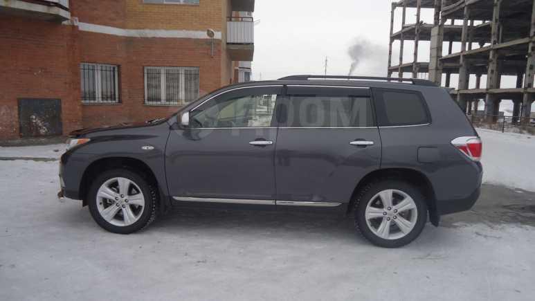Toyota Highlander, 2012 год, 1 800 000 руб.