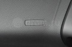 Подушка безопасности переднего пассажира: да