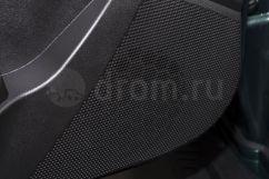 Дополнительное оборудование аудиосистемы: 4 динамика, USB, AUX, антенна