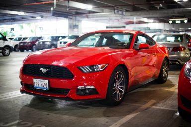 Ford Mustang 2015 отзыв автора | Дата публикации 01.02.2016.