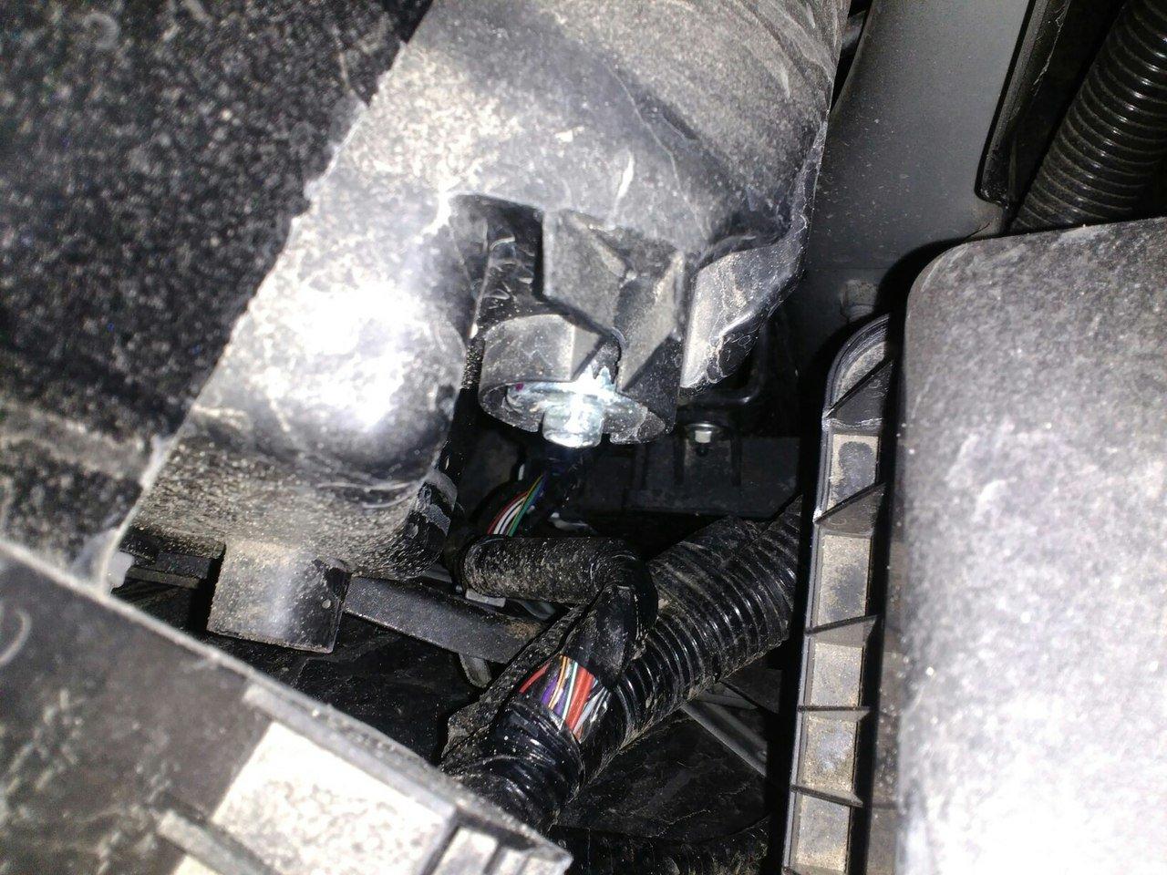 Регулировка фар праворульного автомобиля своими руками фото 343